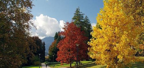 Parco Asburgico in autunno Levico Terme